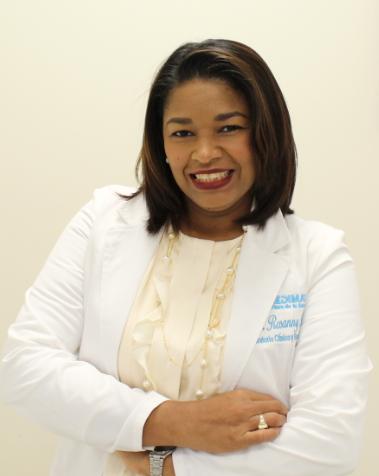 Rosanny Román, Directora del Laboratorio Clínico y Banco de Sangre de CEDIMAT.